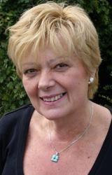Elizabeth Abbott : Panel Member