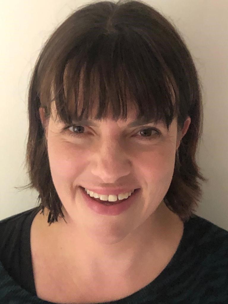 Zoe McIntosh : Chief Executive